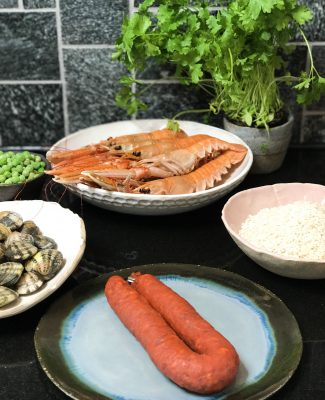 Seafood paellan ainekset